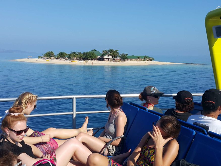 Fiji Island Explorers: Mamanuca Sightseeing Cruises - 6 hour Cruise