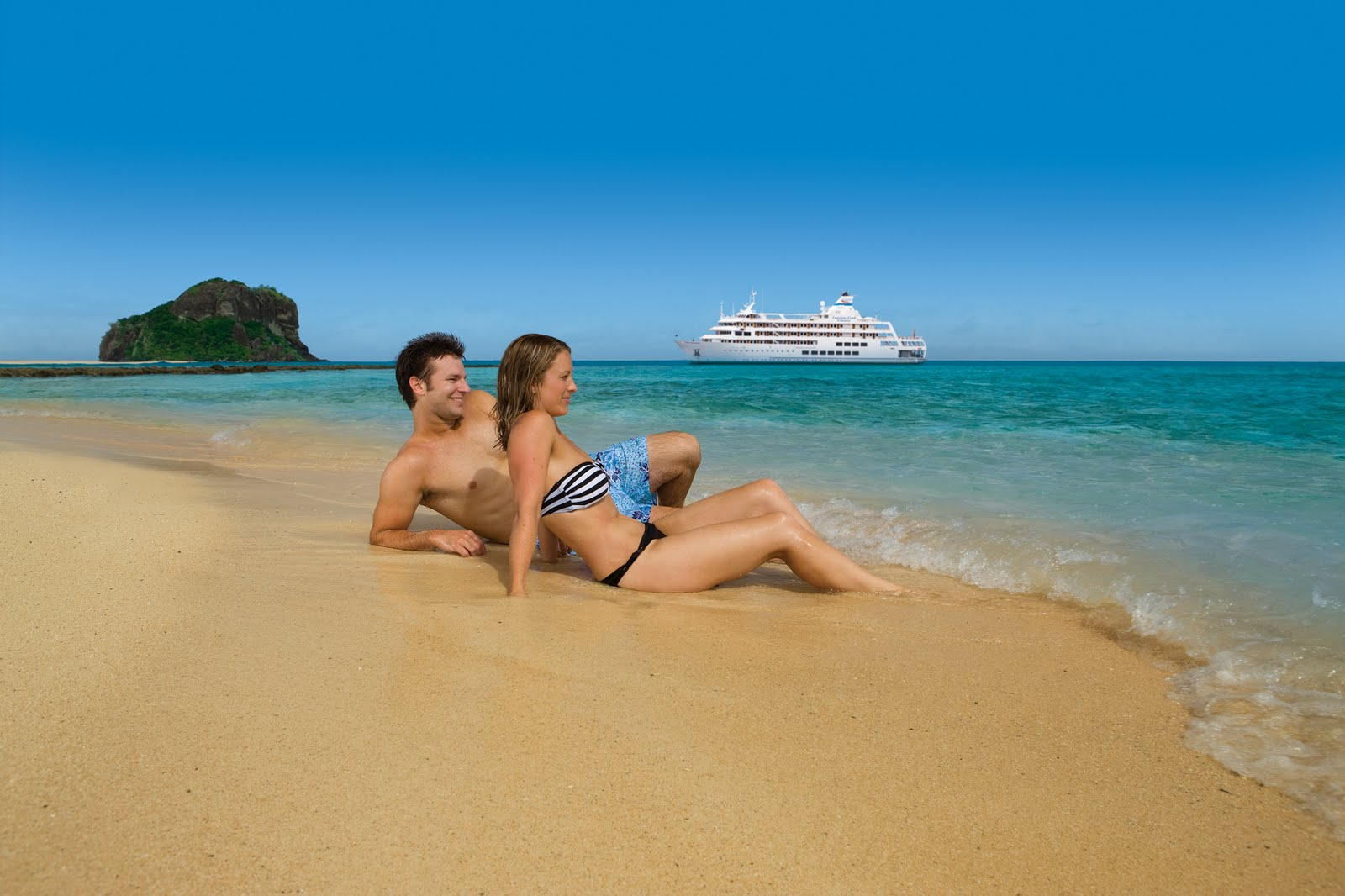 4 Night Mamanuca & Yasawa Islands Cruise by Captain Cook – DISCOUNTED